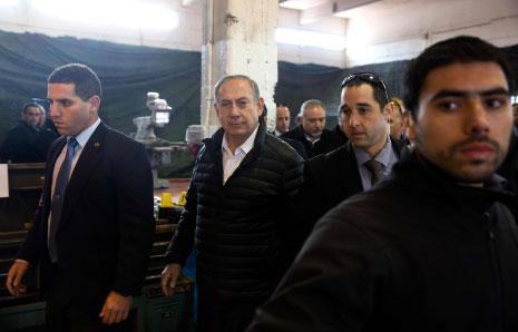 فضائح نتنياهو تكشف عورات الإعلام الإسرائيلي