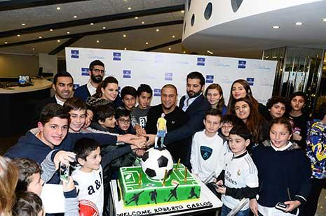 روبرتو كارلوس: «متطرّف مدريدي» لا يملّ من زيارة بيروت