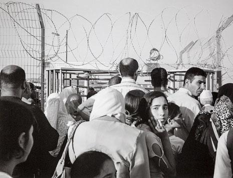 فنانون عالميون في باريس: متحف من أجل فلسطين