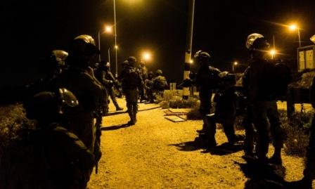 اعتقالات بالضفة وتجديد إخطارات المصادرة لمئات الدونمات بسلفيت