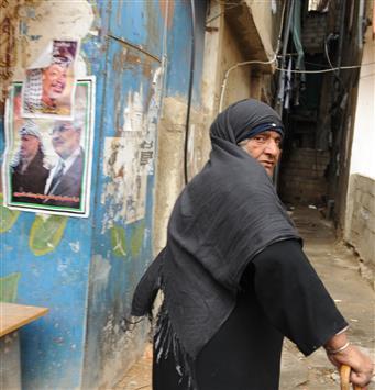 مرجع لبناني للفلسطينيين: توحَّدوا لمواجهة التكفيريين