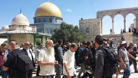 أوقاف القدس تعلن فقدانها السيطرة الكاملة على الأقصى