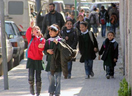 بالفلسطيني | وإذا غيرنا إسم المدرسة؟
