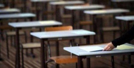 طالبة تفقد بطاقة الترشيح الخاصة بامتحانات الشهادة المتوسطة في صيدا