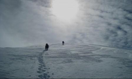 خرجا قبل 75 عاما ولم يعودا: العثور على زوجين متجمدين في جبال الألب
