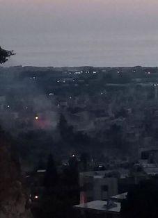 فيديو.. تصاعد الدخان وسط استمرار الاشتباكات في مخيم عين الحلوة