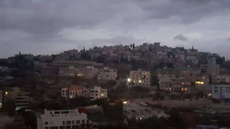 فيديو من الاشتباكات المستمرة بين حركة فتح وحركة انصار الله في مخيم المية ومية