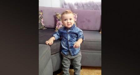في ليلة العيد .... حادث صدم يودي بحياة الطفل البرئ عبد الرحمن ( سنتين)*