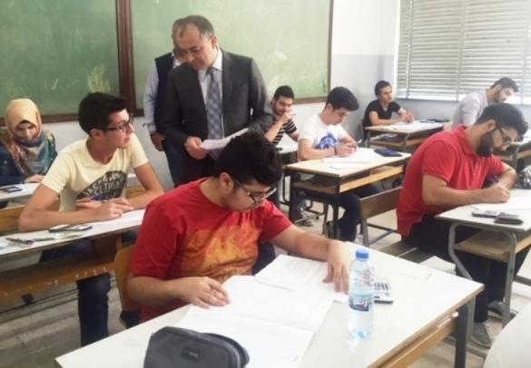 بو صعب تفقد سير الامتحانات الرسمية في صيدا: سمعنا من الطلاب صعوبة في مادة الفيزياء