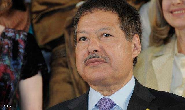 الموت يغيب العالم المصري أحمد زويل
