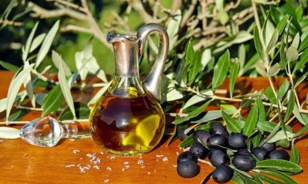 دراسة: زيت الزيتون يقي من الزهايمر ويقوي الذاكرة
